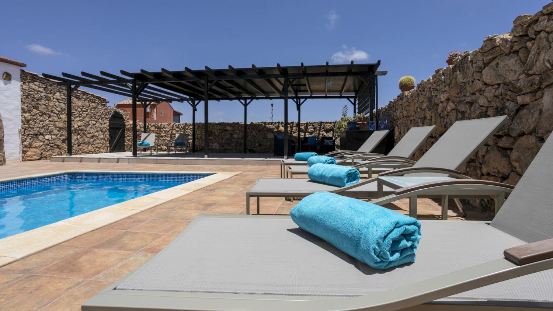 Verwarmd zwembad / Heated swimming pool